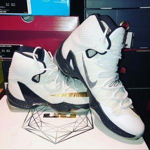 Nike LeBron XIII Elite White, Size 11