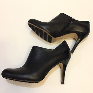 LEATHER Cole Haan Black Nike Air Ankle Bootie