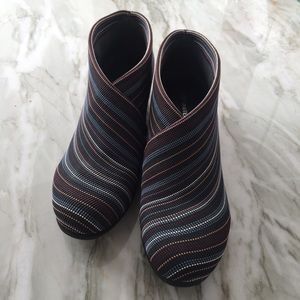 "United Nude ""Fold Lo"" Arctic booties size 8/38"