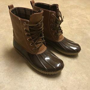 Shoes - Rain / Duck Boots!