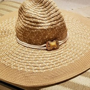 Vince Camuto Summer hat
