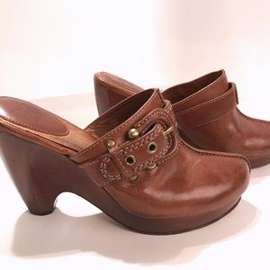 Frye Leather Donna Buckle Clog Mules