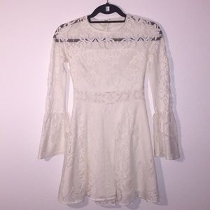 Top Shop Creme Lace Long Sleeve Dress sz 4