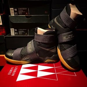 Nike Zoom Soldier X SFG Black/Grey, Size 11