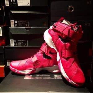 "Nike Zoom Soldier IX ""Think Pink"", Size 11.5"