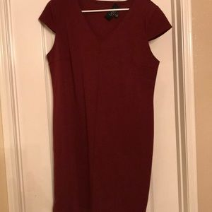 Maroon Kardashian dress! Very stretchy! Size 14!