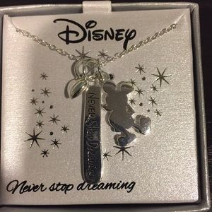 Mickey dreaming heart necklace