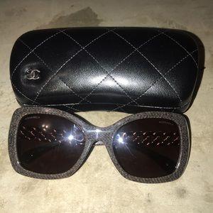 Chanel 5305 Sunglass - Brown Chain Temple