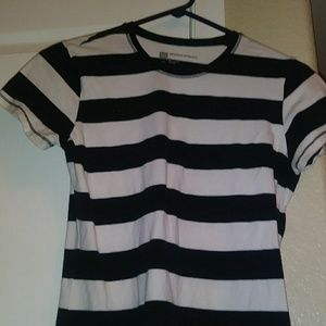 Striped Gap tee