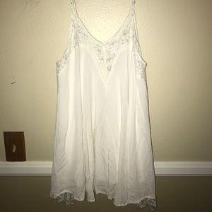 White lace tunic/dress