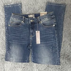 NWT Chico's So Slimming Ankle Jeans!