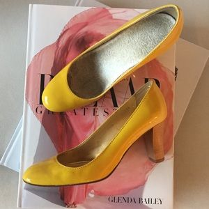 J.CREW COLLECTION Yellow Patent Leather Pumps, 6.5