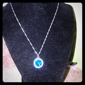 Necklace with a beautiful drop.