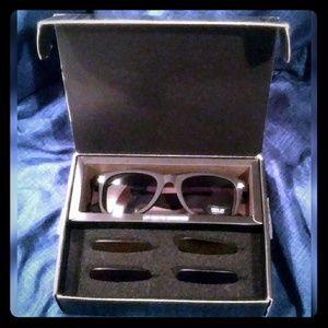 😎 Brand New Sunglasses