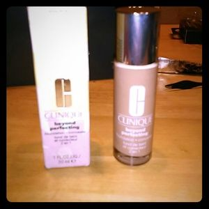 Two beyond perfecting 2 in 1 make-up