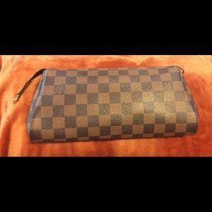 ✨Extra Pics✨ Authentic Louis Vuitton Eva Pochette