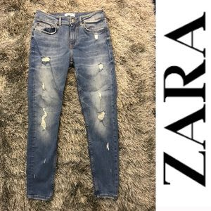 Zara distressed skinny jeans medium wash