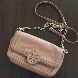 Authentic Tory Burch small crossbody ✨