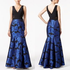 EXCAPE ILLUSION CUT OUT SIDE GOWN