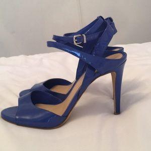 NWOT BLUE  Gianni bini heels