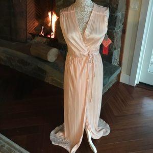 FABULOUS vintage 70s wrap gown