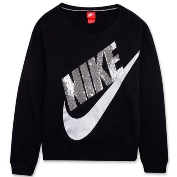 33ebcf477f26 Nike Bling Sweatshirt. M 5a12d4f17f0a05a6950d0508