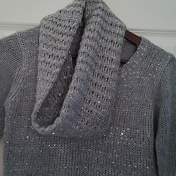 No Boundaries Tops - Fabulous sparkly sweater with matching scarf