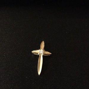 Jewelry - Vintage 14K gold cross pendant with diamond accent