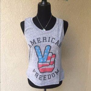 🆕❤️ Closet American Freedom Tank