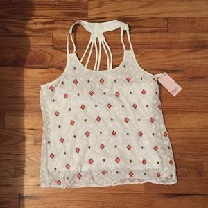 BRAND NEW✨ candies top with design on back