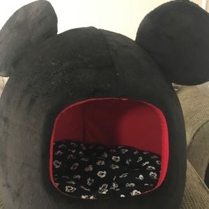 New Disney Mickey Mouse Pet Hut