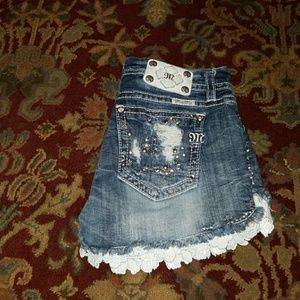 Miss Me Signature short size 29 with lace