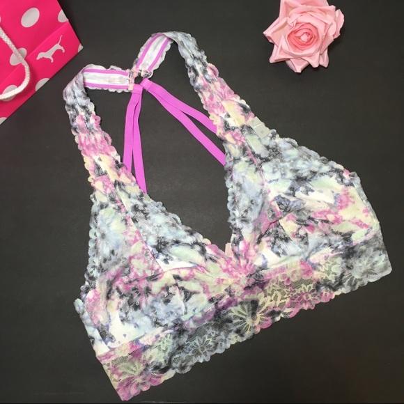b20a4b75e82e0 PINK Victoria s Secret Intimates   Sleepwear
