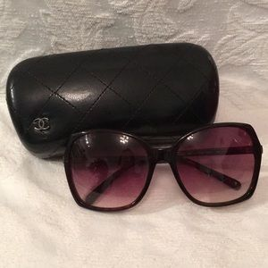 Chanel acetate sunglasses (style 5204)