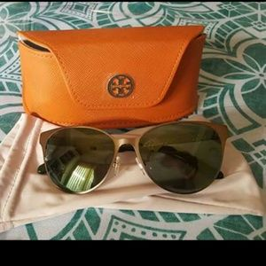 NEW Tory Burch Olive Greeen/Gold Sunglasses