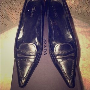 Black Prada Kitten Heel Pointed Toe Pumps 7 1/2