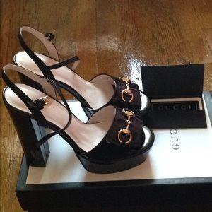 GUCCI Claudie Patent Leather Platform Sandals