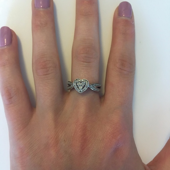 Zales Composite Diamond Accent Heart Frame Ring in Sterling Silver 6GwiFfN4