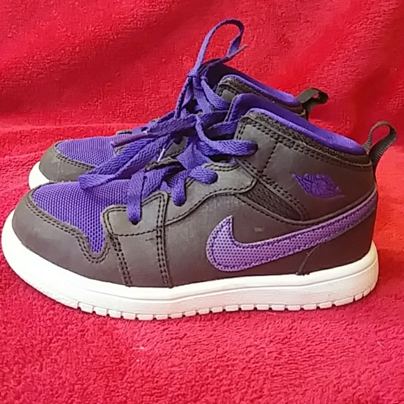 on sale 663e6 18948 Nike Air Jordans Toddler 9.5