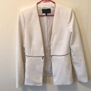 BCBG MAX AZARIA white blazer