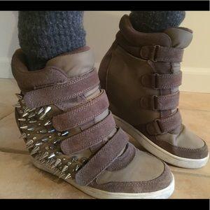 Spike wedge sneakers