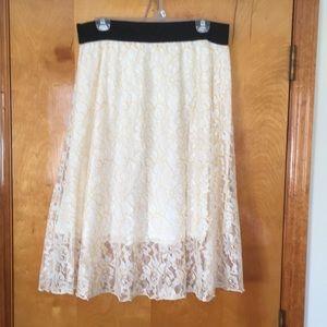LuLaRoe Lola skirt