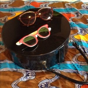 Vintage hat box and two vintage sun glasses