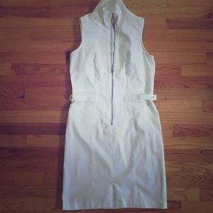 ✨ Sexy, white and stretchy denim dress ✨