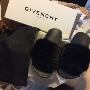 Givenchy Shoes - FYI ❤️💕❤️💕Givenchy Mink Fur Slides