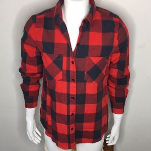 Old Navy Red and Black Flannel 👚🌺🌺🌷🌹🌷