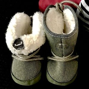 Other - Insulated Baby Booties