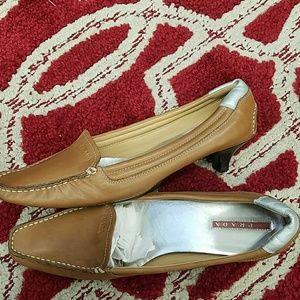 Prada tan pumps 36.5 shoes