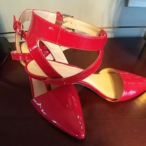 Red Pumps man made Patented Leather