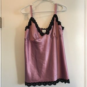Torrid lavender camisole with lace